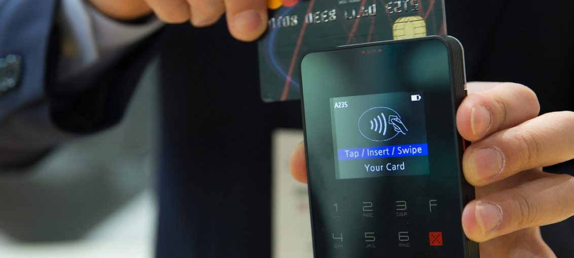 going cashless reasons for going cashless with credit cards